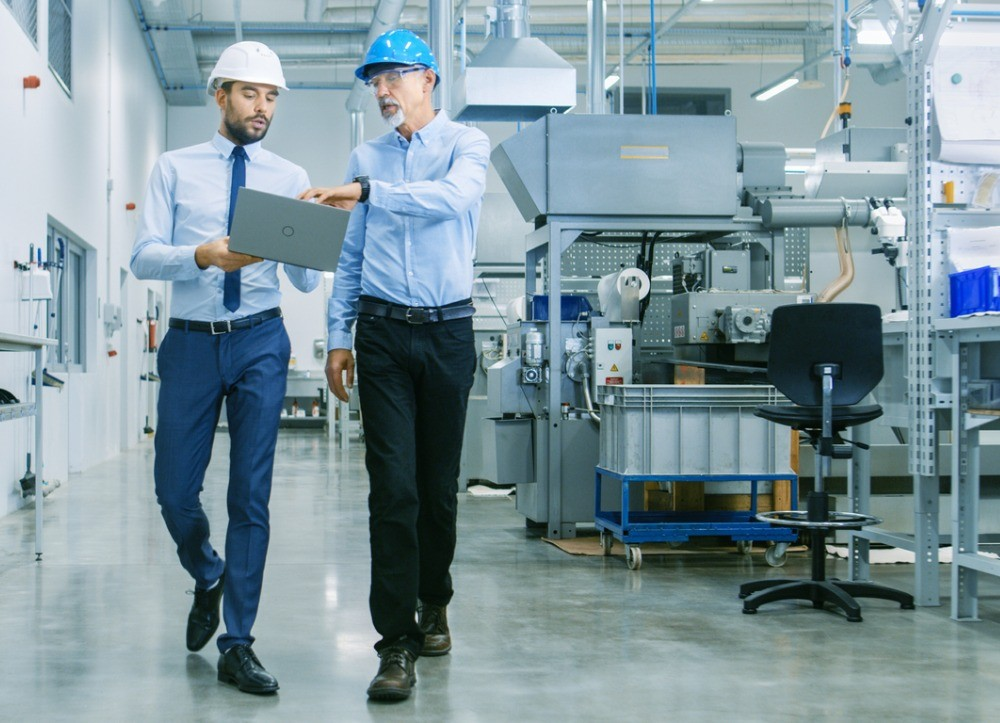 Using manufacturing software to improve manufacturing processes